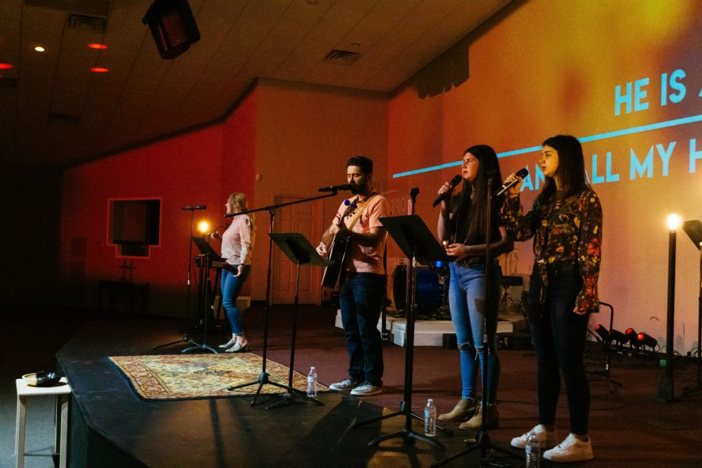 worship_band_playing